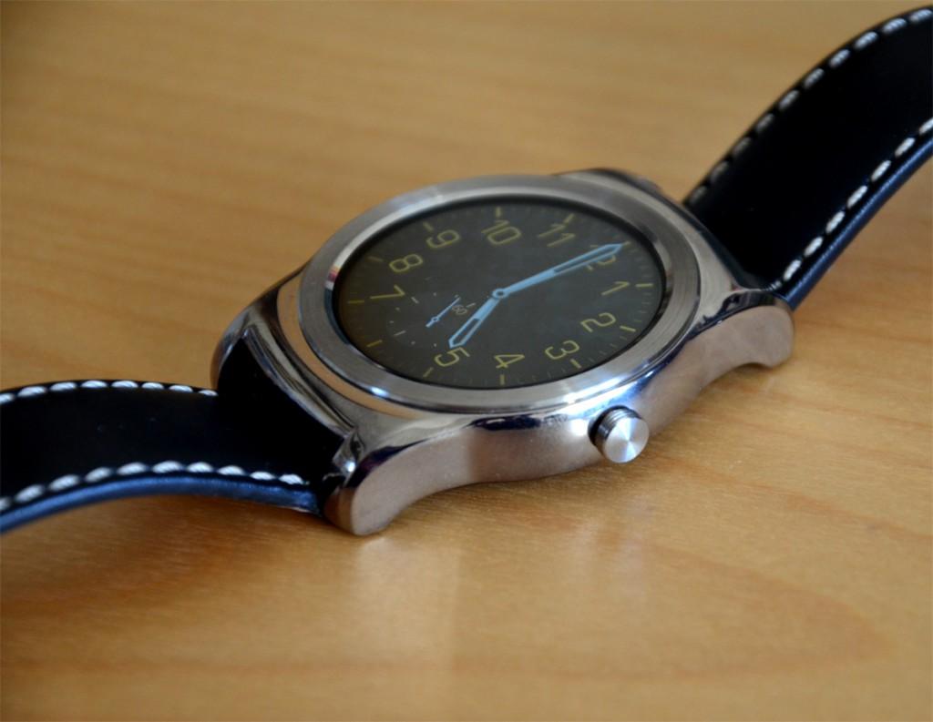 LG-Watch-Urbane-iPhone5