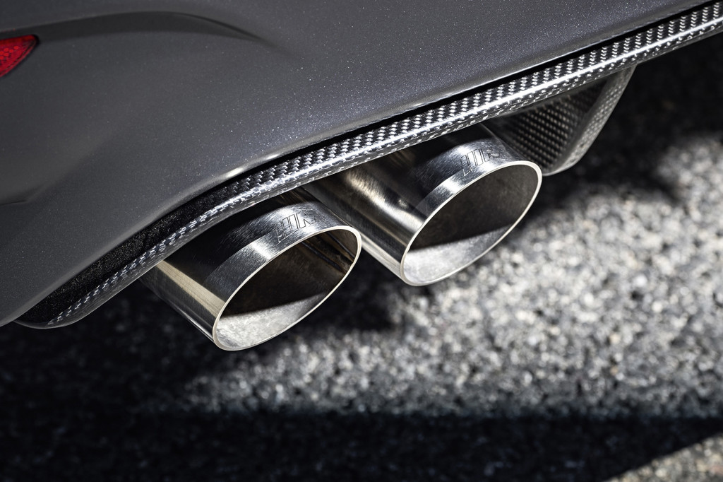 BMW-M4-GTS-Exhaust-Pipe