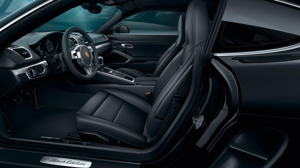 Porsche Cayman Black Edition Cokpit
