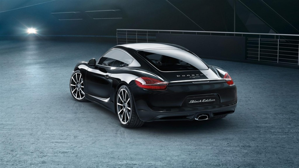 Porsche Cayman Black Edition-Rear