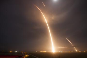 space-x-elon-musk-falcon-9-cover
