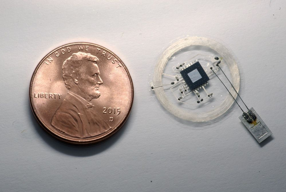 RTEmagicC_NFC_pressure_sensor_with_coin
