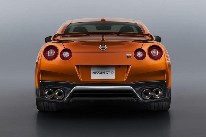 Nissan GTR 2017 bis4