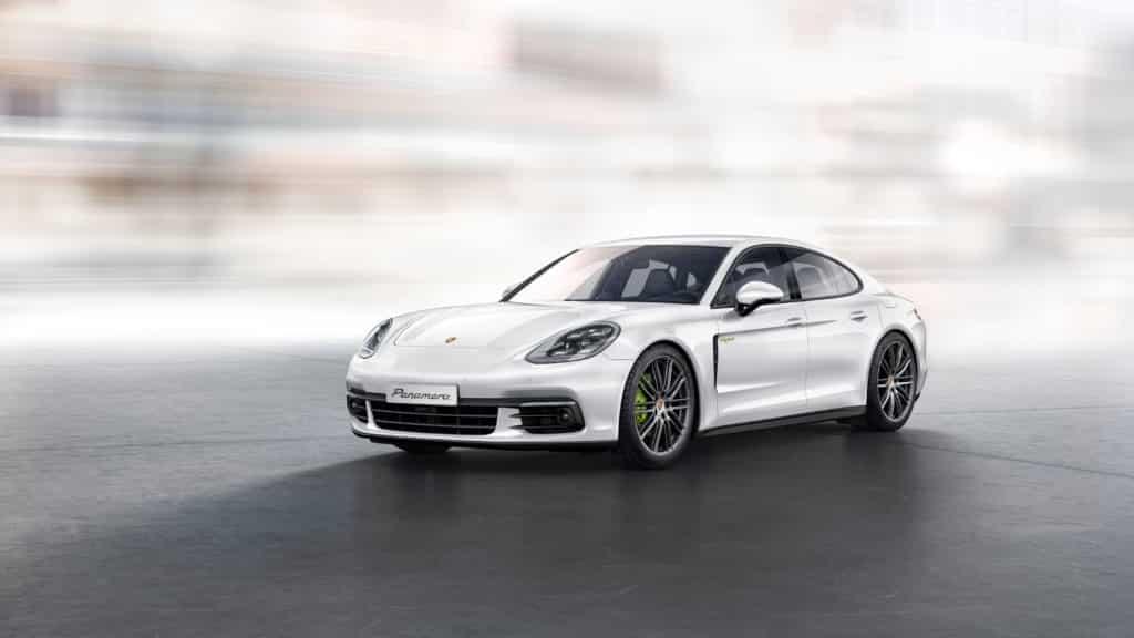 Porsche Panamera Hybride : porsche la panamera hybride passe 4 roues motrices et 462ch thm magazine ~ Medecine-chirurgie-esthetiques.com Avis de Voitures