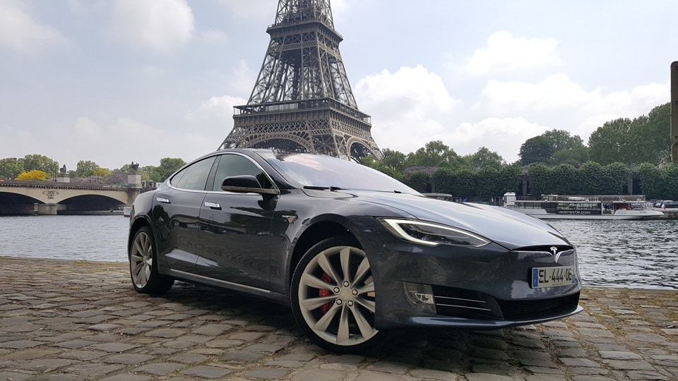 la tesla model 3 arrive officiellement en france thm magazine. Black Bedroom Furniture Sets. Home Design Ideas