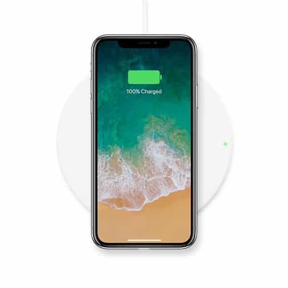 belkin boost up le chargeur induction iphone 8 iphone 8 plus et iphone x thm magazine. Black Bedroom Furniture Sets. Home Design Ideas