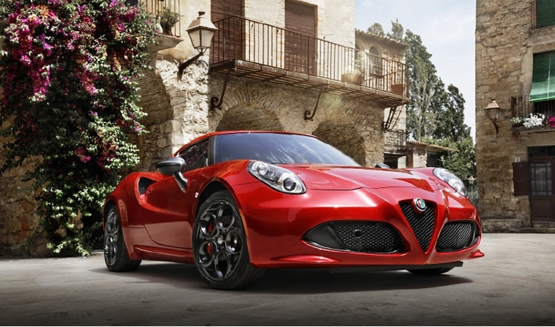 Une série 4C Edizione Speciale, limitée à 67 exemplaires — Alfa Romeo