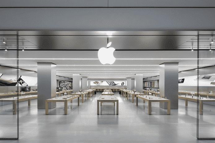 Jean-Michel Blanquer gèle les sorties scolaires dans les magasins Apple