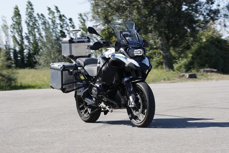 BMW dévoile une R1200GS autonome 1
