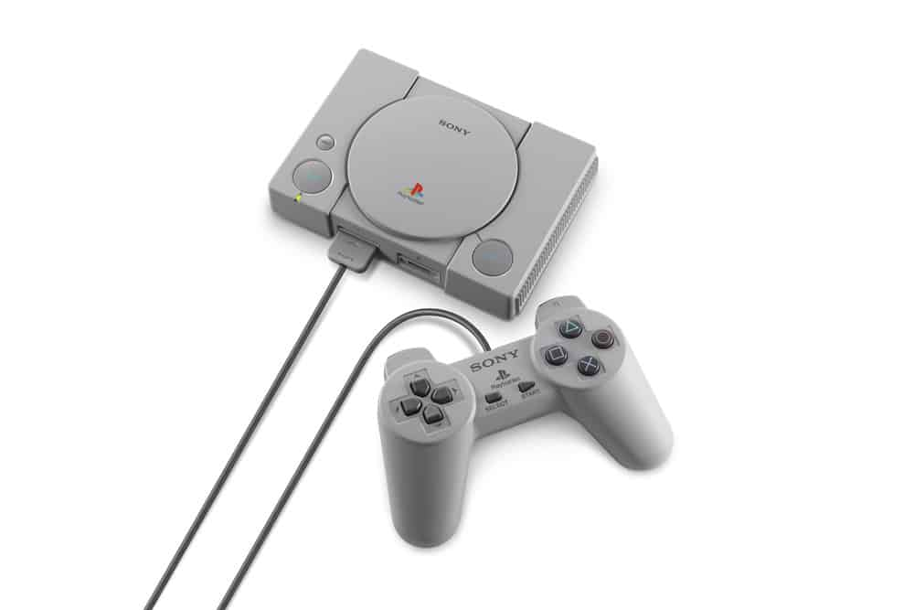 playstation classic taille manette