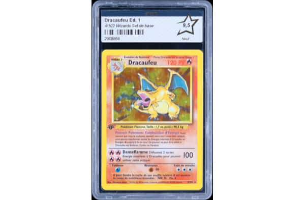carte-pokemon-dracaufeu-enc