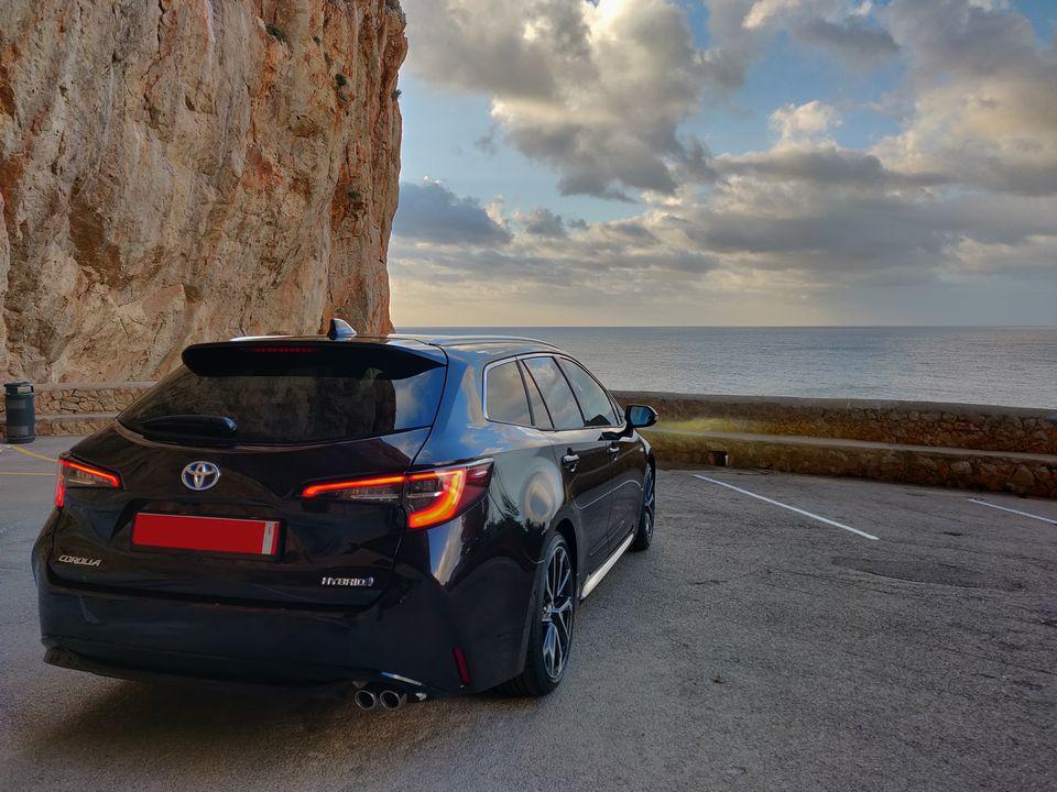 Toyota-Corolla-2019
