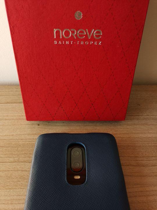 Noreve OnePlus6T