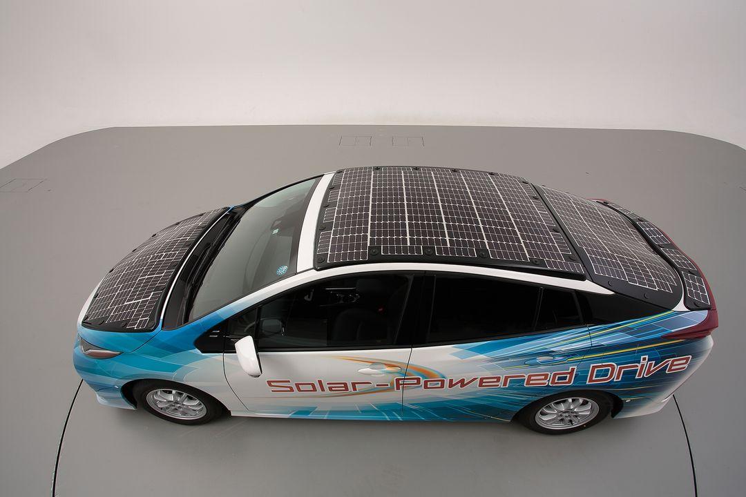 Prius PHV Solar