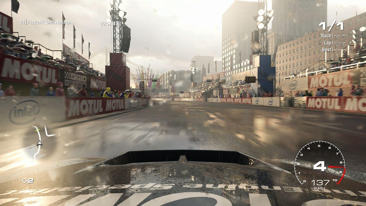 Test GRID PS4 Pro course sous la pluie