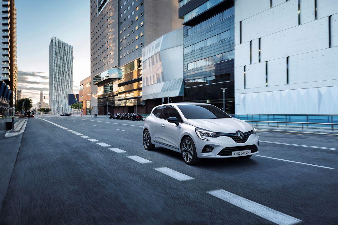 Renault Captur Clio E-TECH