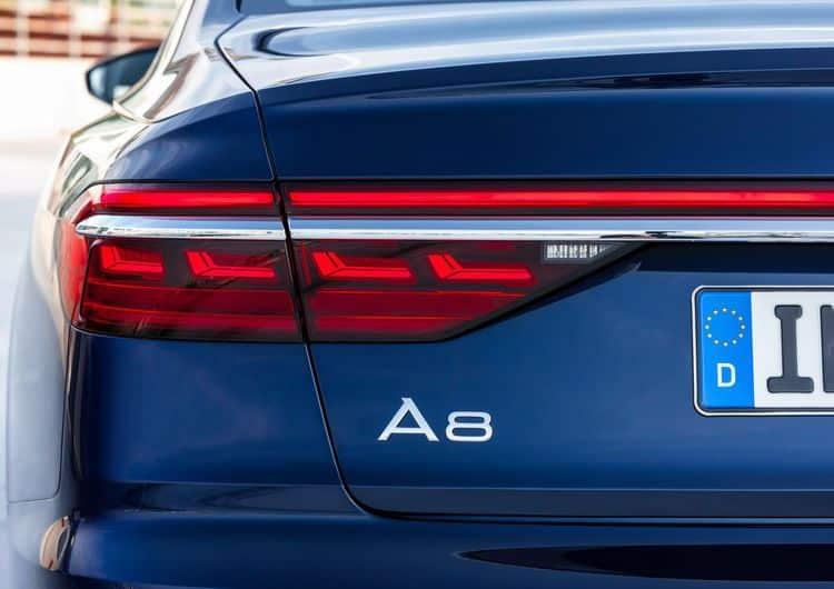 Audi A8 OLED