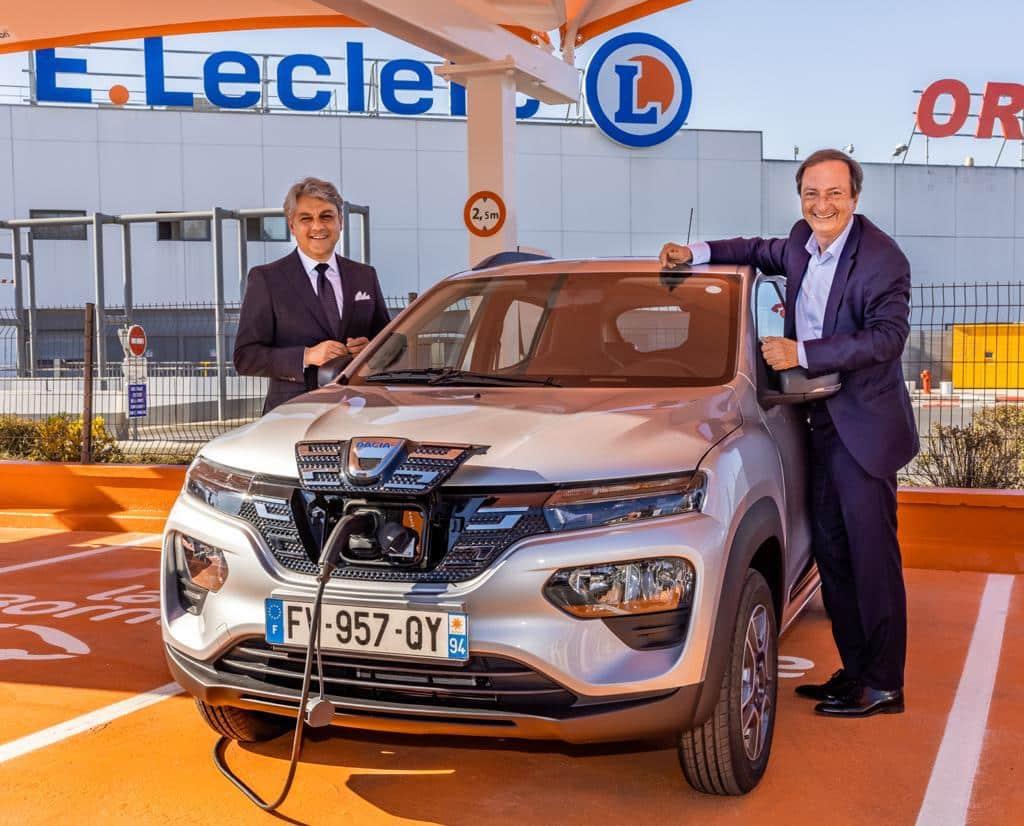 La Dacia Spring 100% électrique en location à 5€ par jour… chez Leclerc !